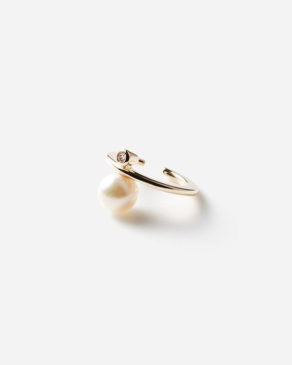 Bumble Bee Pearl Diamond Ear Cuff