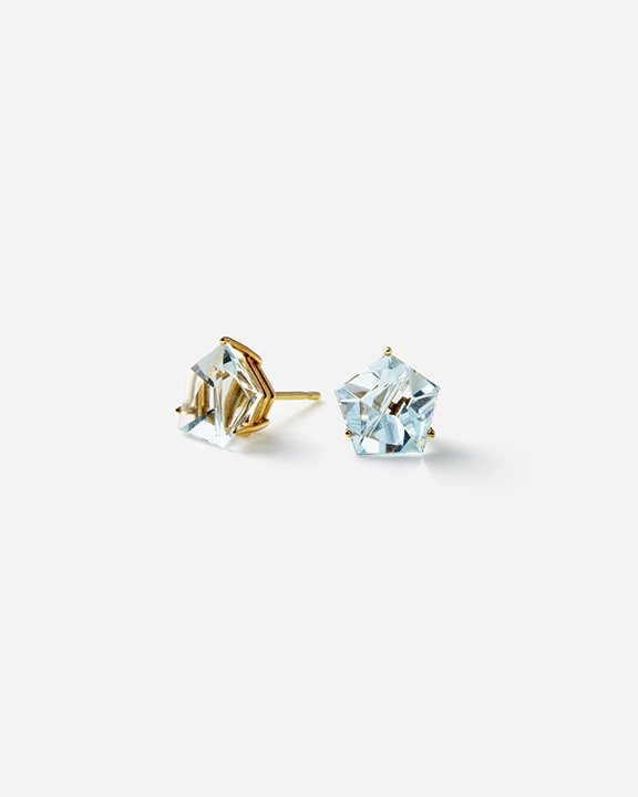 KLAR Aquamarine Stud Earrings<img class='new_mark_img2' src='https://img.shop-pro.jp/img/new/icons8.gif' style='border:none;display:inline;margin:0px;padding:0px;width:auto;' />