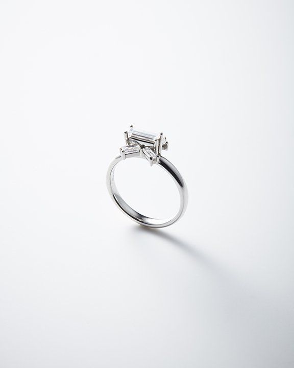 LIGHT/BEAM Ring<img class='new_mark_img2' src='https://img.shop-pro.jp/img/new/icons8.gif' style='border:none;display:inline;margin:0px;padding:0px;width:auto;' />