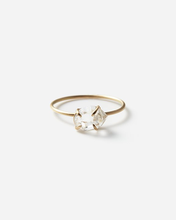 Diamond Quartz Gem Ring B<img class='new_mark_img2' src='https://img.shop-pro.jp/img/new/icons8.gif' style='border:none;display:inline;margin:0px;padding:0px;width:auto;' />