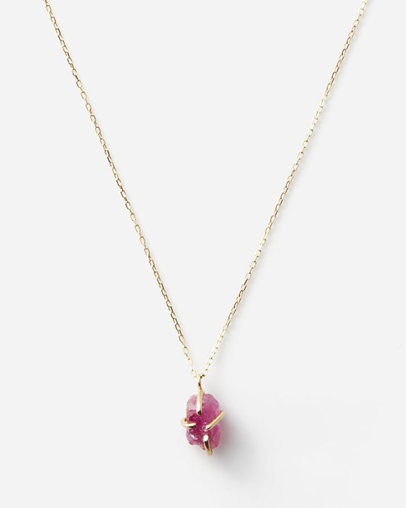 Ruby Top Necklace (Myanmar)<img class='new_mark_img2' src='https://img.shop-pro.jp/img/new/icons8.gif' style='border:none;display:inline;margin:0px;padding:0px;width:auto;' />