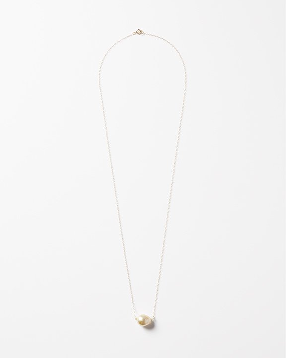 ONE thing gold pearl necklace  | 南洋パール ネックレス<img class='new_mark_img2' src='https://img.shop-pro.jp/img/new/icons8.gif' style='border:none;display:inline;margin:0px;padding:0px;width:auto;' />
