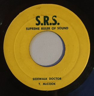 TOMMY MCCOOK - SIDEWALK DOCTOR<img class='new_mark_img2' src='https://img.shop-pro.jp/img/new/icons16.gif' style='border:none;display:inline;margin:0px;padding:0px;width:auto;' />