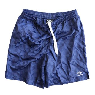 UMBRO 100% Nylon shorts  表記xL  濃紺