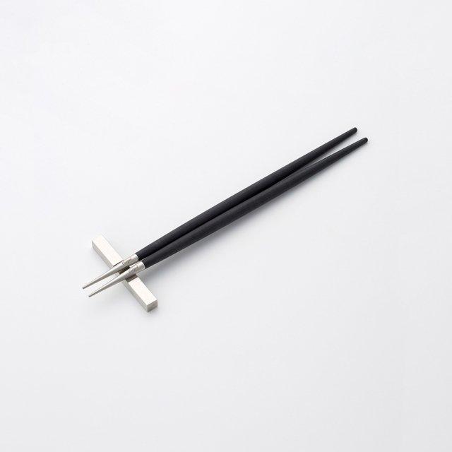 Cutipol GOA ブラック お箸 SILVER