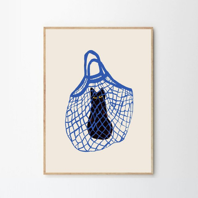 <img class='new_mark_img1' src='https://img.shop-pro.jp/img/new/icons43.gif' style='border:none;display:inline;margin:0px;padding:0px;width:auto;' />THE CATS IN THE BAG by Chloe Purpero Johnson (30×40cm)