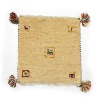 ペルシャンギャッベ ベージュ系 座布団サイズ 約40×39cm