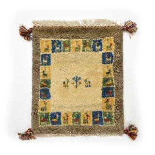 ペルシャンギャッベ ベージュ系 座布団サイズ 約45×38.5cm