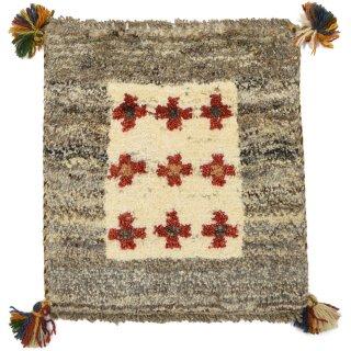 ペルシャンギャッベ ベージュ系 座布団サイズ 約36.5×39.5cm