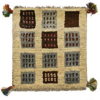 ペルシャンギャッベ ベージュ系 座布団サイズ 約41×43cm