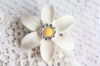 クチナシの花のエナメルヴィンテージブローチ