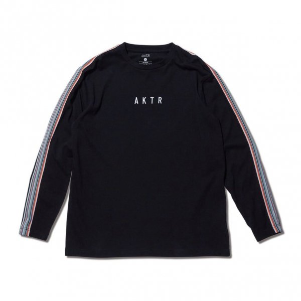 <img class='new_mark_img1' src='https://img.shop-pro.jp/img/new/icons10.gif' style='border:none;display:inline;margin:0px;padding:0px;width:auto;' />MULTI STRIPE BRAID L/S TEE BLACK
