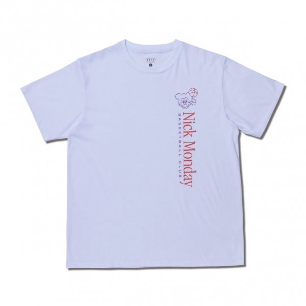 <img class='new_mark_img1' src='https://img.shop-pro.jp/img/new/icons14.gif' style='border:none;display:inline;margin:0px;padding:0px;width:auto;' />NICK MONDAY BASKETBALL CLUB TEE WHITE