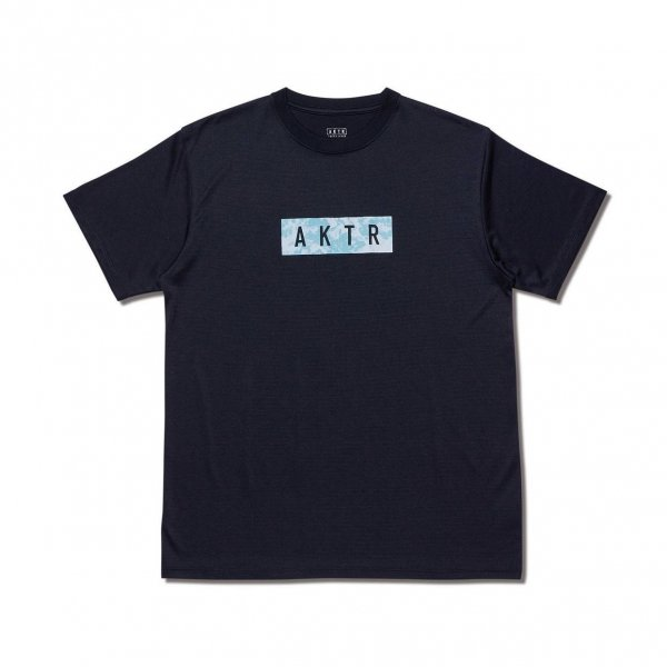 <img class='new_mark_img1' src='https://img.shop-pro.jp/img/new/icons14.gif' style='border:none;display:inline;margin:0px;padding:0px;width:auto;' />TIE DYE LOGO TEE BLACK