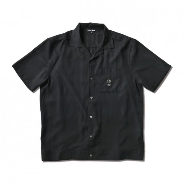 <img class='new_mark_img1' src='https://img.shop-pro.jp/img/new/icons14.gif' style='border:none;display:inline;margin:0px;padding:0px;width:auto;' />SILAS S/S SHIRTS BLACK