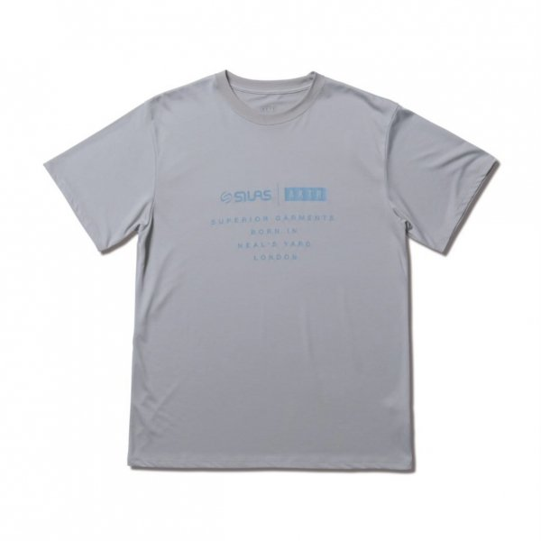 <img class='new_mark_img1' src='https://img.shop-pro.jp/img/new/icons14.gif' style='border:none;display:inline;margin:0px;padding:0px;width:auto;' />SILAS TEE GRAY
