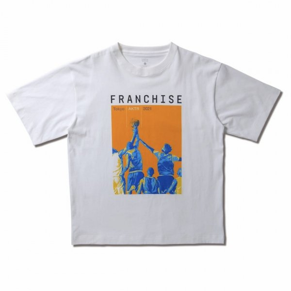 <img class='new_mark_img1' src='https://img.shop-pro.jp/img/new/icons14.gif' style='border:none;display:inline;margin:0px;padding:0px;width:auto;' />FRANCHISE ISSUE TEE WHITE