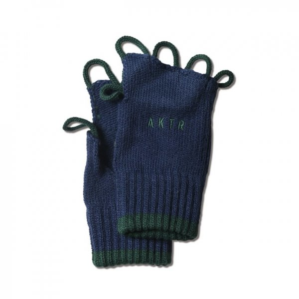 <img class='new_mark_img1' src='https://img.shop-pro.jp/img/new/icons14.gif' style='border:none;display:inline;margin:0px;padding:0px;width:auto;' />BASKETBALL GLOVE NAVY