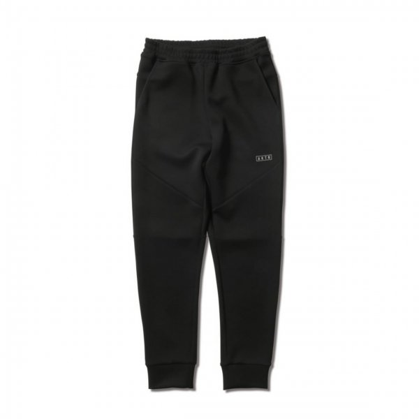 <img class='new_mark_img1' src='https://img.shop-pro.jp/img/new/icons14.gif' style='border:none;display:inline;margin:0px;padding:0px;width:auto;' />WARM AIR TECH JOGGER PANTS BLACK