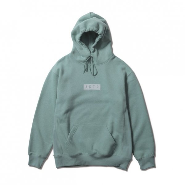 <img class='new_mark_img1' src='https://img.shop-pro.jp/img/new/icons14.gif' style='border:none;display:inline;margin:0px;padding:0px;width:auto;' />LOGO SWEAT PULLOVER PARKA GREEN