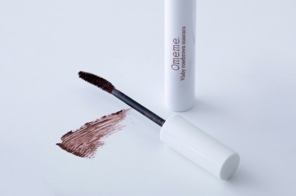 Omeme. -Visby rosebrown mascara-