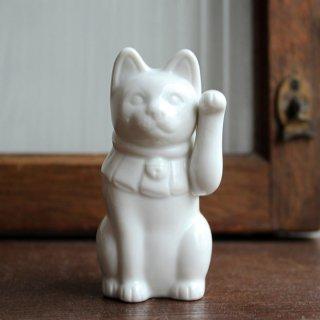 白磁 招き猫 ヒダリテ