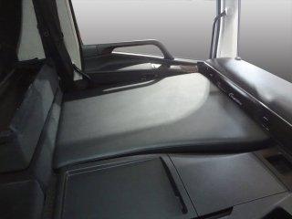 FUSO 17スーパーグレート 新型 フラットキット 助手席用 マット フラットマット ベース板 助手席マット コンソール ボード ベース テーブル