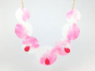 水彩ピンク ビシュー ネックレス
