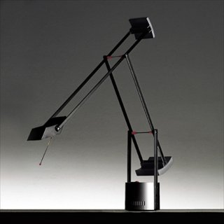 送料無料 デスクライト テーブルランプ 照明 黒 リチャード・サパー イタリア 20W Artemide(アルテミデ) TIZIO MICRO(ティチオ ミクロ)ブラック