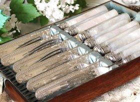 英国アンティーク銀器【純銀】1890年 白蝶貝デザートナイフ&フォーク6組