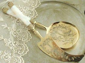 フランスアンティークシルバー【銀950】白蝶貝のサービングセット c.1888