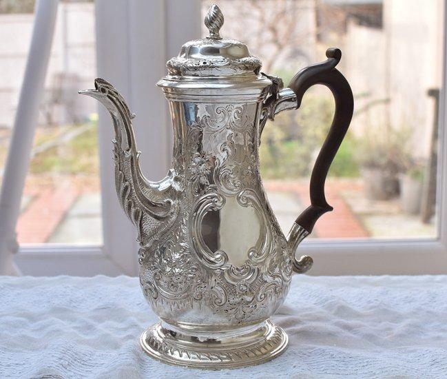 英国アンティーク銀器【純銀】1773年 コーヒーポット Walter Brind