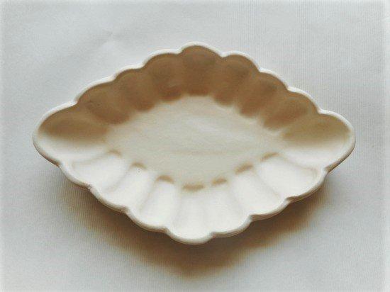 長浜由起子作 ひし形小皿(ホワイト)
