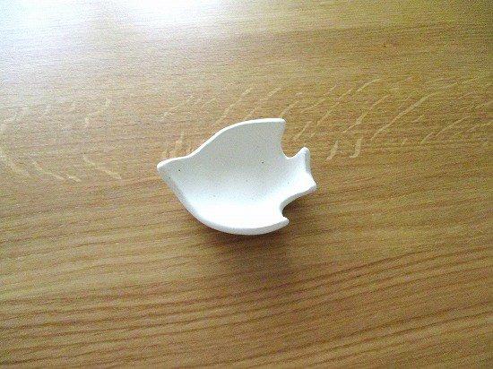 長浜由起子(やぶから房)作 コトリ小皿ミニ(ホワイト)