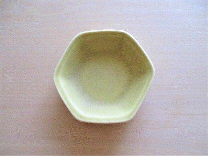 佐々木綾子(AYAKO SASAKI porcelain)豆皿 六角(イエロー)