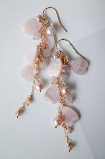Full bloomed cherry blossoms earrings / baby pink