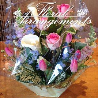 お花のアレンジメント 花束 50束 フラワーギフト フラワーアレンジメント プレゼント  お祝い 誕生日 記念日 母の日 結婚記念日 結婚祝い 退職祝い 定年 送別会 還暦 クリスマス 妻 両親