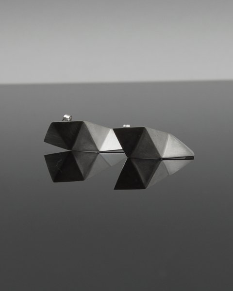 fold triangle<br>LLP-005<br>
