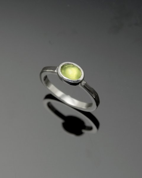 2019 SILVER PERSPIRATION<br> Peridot silver ring LLR-007pd<br>