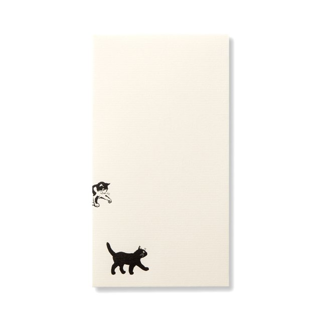 封筒 猫と遊ぶ