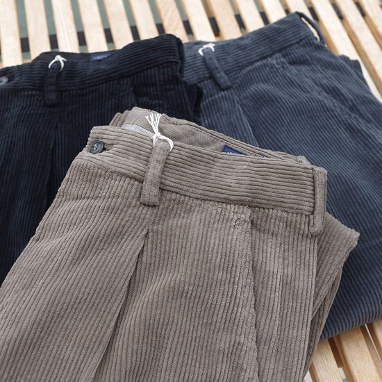 "【20%OFF】RICCARDO METHA ""1tuck wide trousers corduroy"""