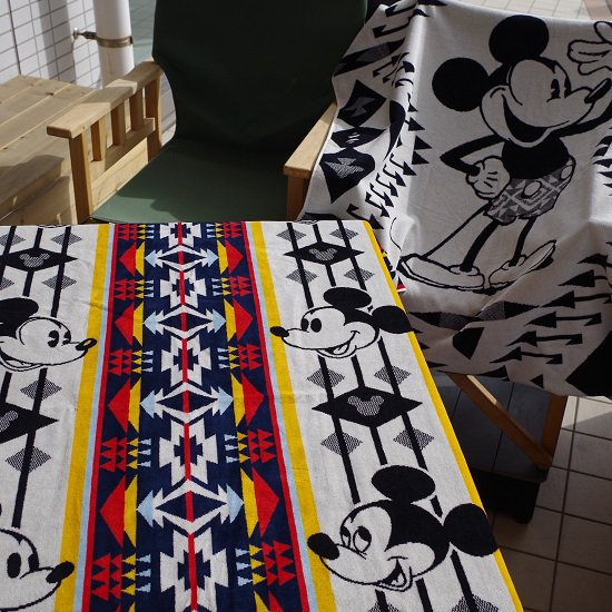 """PENDLETON""""Jacquard SPA Towels Featuring Mickey Mouse"""""""