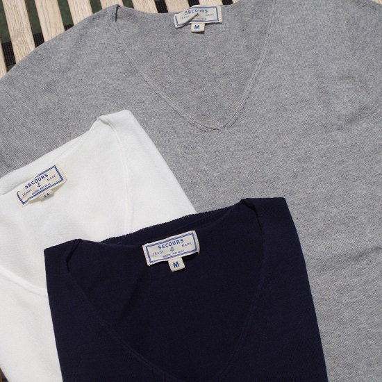 "SECOURS ""whole garment V-neck TEE"""