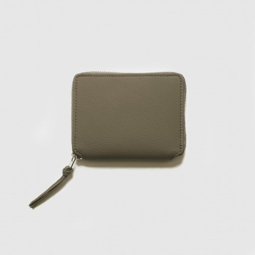 <img class='new_mark_img1' src='https://img.shop-pro.jp/img/new/icons57.gif' style='border:none;display:inline;margin:0px;padding:0px;width:auto;' />ERA. / BUBBLE CALF ROUND PALM WALLET 「Gray」