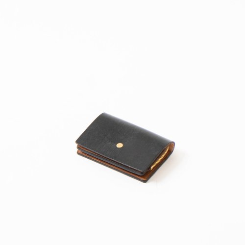 forme (フォルメ)  / Change Purse「Bridle Leather Black × SHF Reverse」