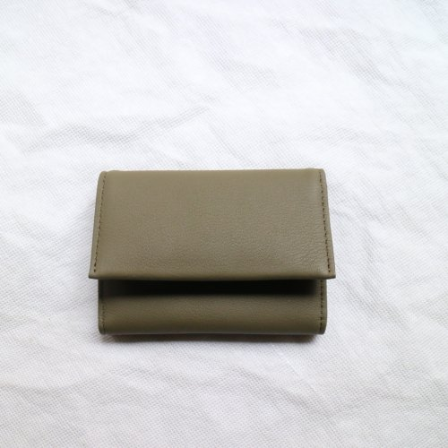 ERA. / BUBBLE CALF BUSINESS CARD CASE「Olive」