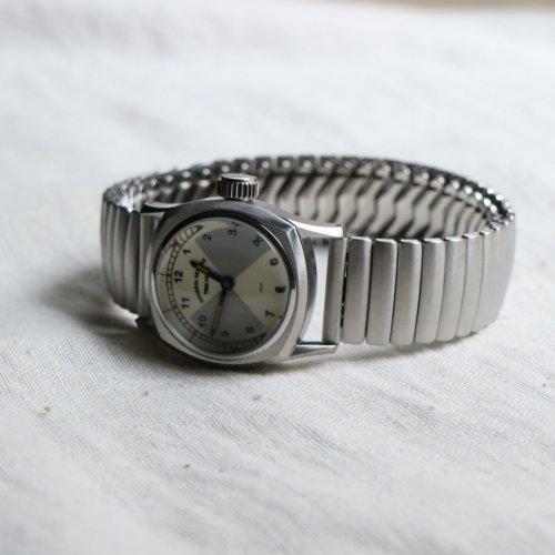GS/TP (ジーエスティーピー)  腕時計 「BOWTIE」