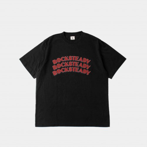 <img class='new_mark_img1' src='https://img.shop-pro.jp/img/new/icons6.gif' style='border:none;display:inline;margin:0px;padding:0px;width:auto;' />blurhms / ROCKSTEADY Tee 「Ink Black × Red」