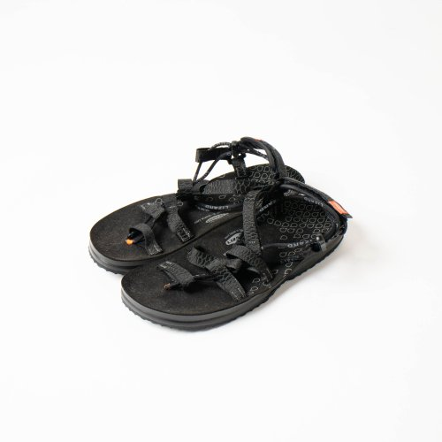 <img class='new_mark_img1' src='https://img.shop-pro.jp/img/new/icons6.gif' style='border:none;display:inline;margin:0px;padding:0px;width:auto;' />LIZARD / HEX H2O SANDAL 「Black」