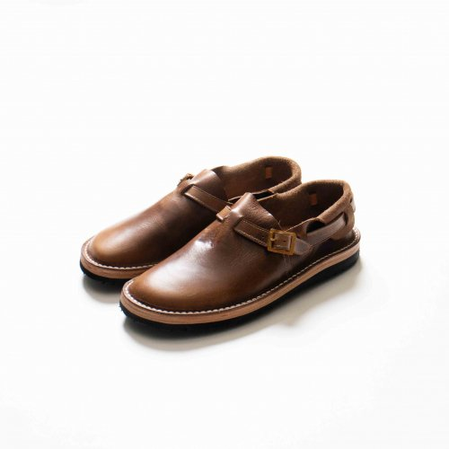 <img class='new_mark_img1' src='https://img.shop-pro.jp/img/new/icons6.gif' style='border:none;display:inline;margin:0px;padding:0px;width:auto;' />TOKYO SANDAL / HEEL HOLD SLIP-ON 「Chromexcel Natural」